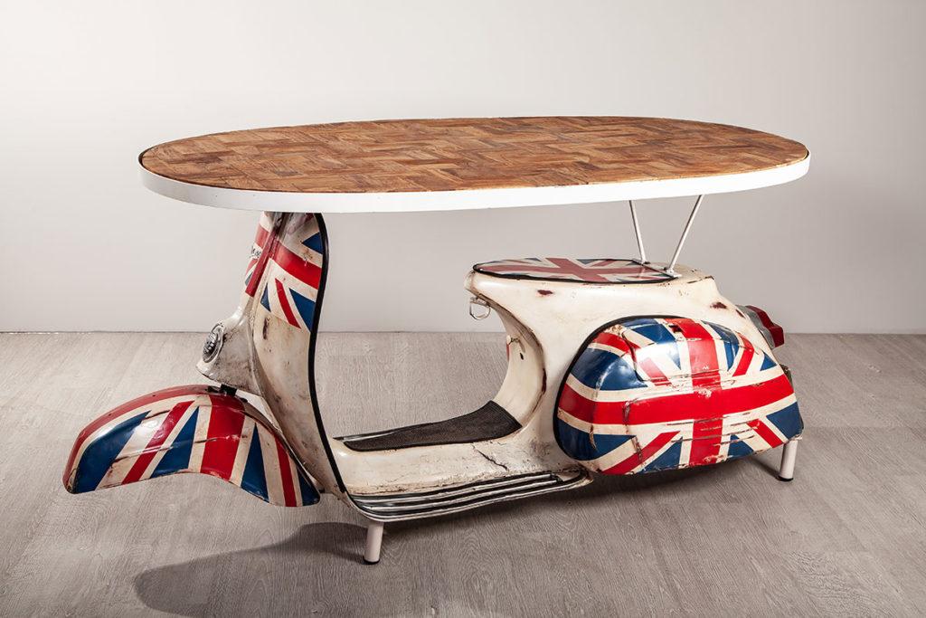 Holzmöbel mit Eisen, hochwertige Möbel